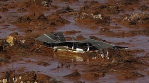Federal Public Ministry files US$ 38 billion suit for iron-waste spill in Mariana