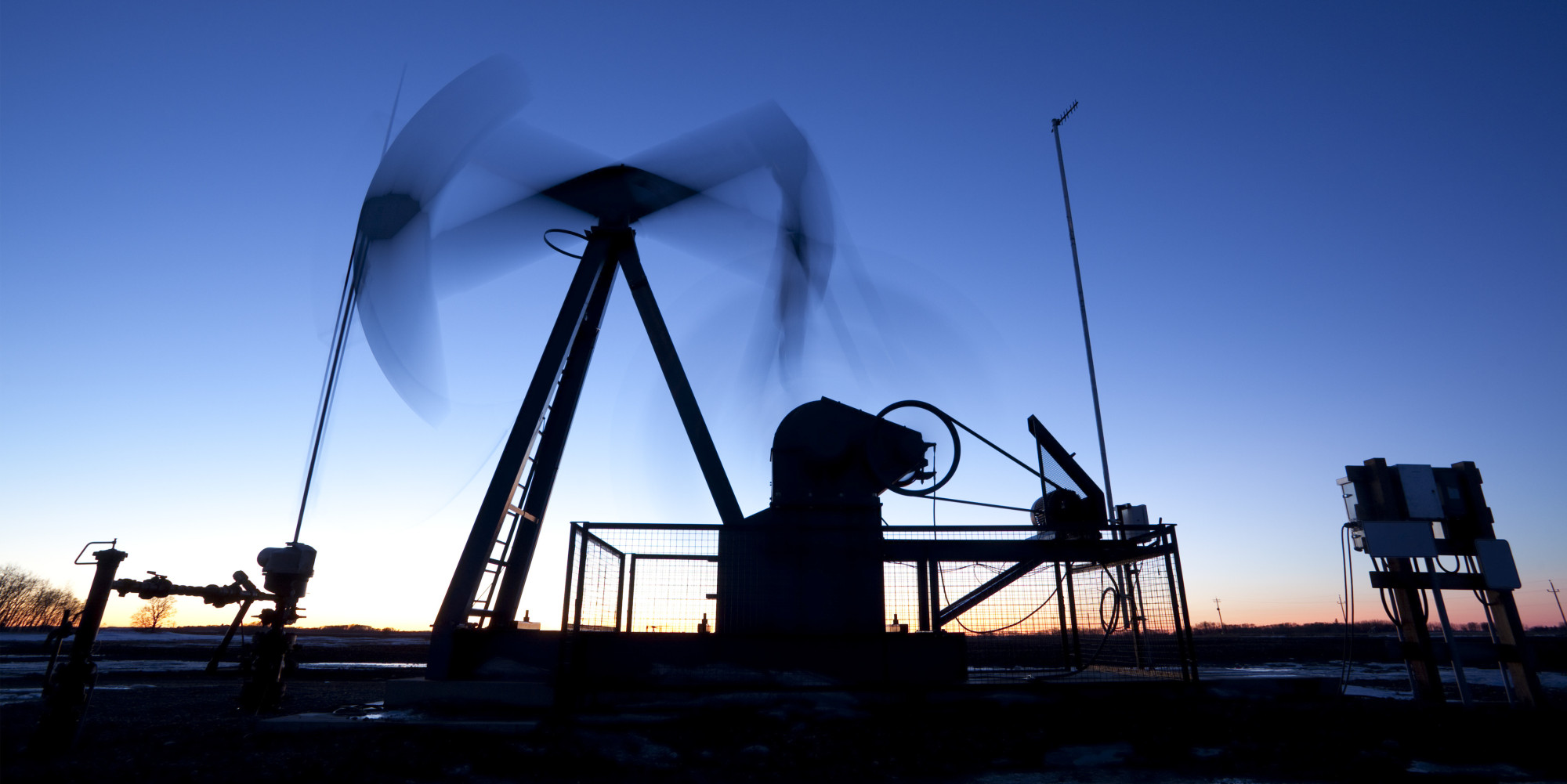 """O artigo """"Os desafios do licenciamento ambiental na indústria de óleo e gás"""" foi publicado na Revista Macaé Offshore"""